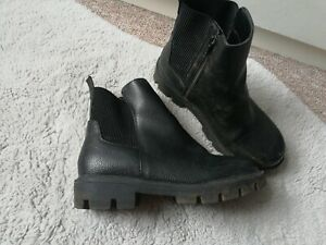 Girls Black winter Boots Size Uk 2 eur 34 School Winter George