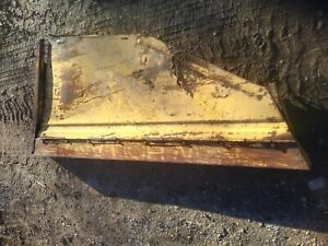 New Holland 479 Haybine Right Hand Shield