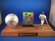 AUTOGRAPHED BRIAN HUNTER SIGNED BASEBALL WITH DISPLAY & CARD AND COA