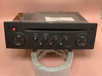 AUTORADIO CD SCENIC 2  CLIO 3  MEGANE 2 MODUS    - Référence  8200300858