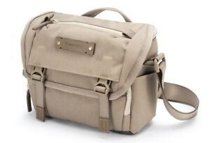 Vanguard Veo Range 21 Camera Bag - Beige