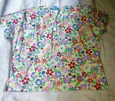 New listing Scrub Hq 2x Flower Print Woman