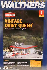 Walthers N #933-3845 Vintage Dairy Queen (Plastic Building kit) N Scale