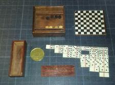 Lot de 2 jeux anciens de poupée en acajou et os : dames & dominos (incomplets)