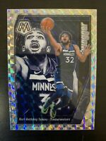 KARL-ANTHONY TOWNS 2019/20 Panini MOSAIC #11 SWAGGER SILVER WAVE MOSAIC PRIZM SP