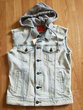 NWT $148 GUESS Men's Light Wash Button Down Denim Sleeveless Vest Jacket Size M