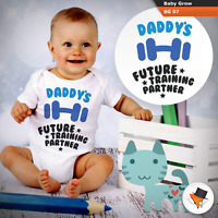 DADDY'S FUTURE TRAINING PARTNER FUNNY BABY BODYSUIT BABY GROWS VEST FUNNY TOP
