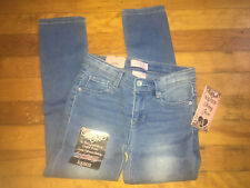NWT Girls Light Blue Jeans Size 6