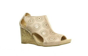 LifeStride Womens Hinx Floral Peep Toe Heels