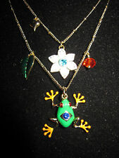 BETSEY JOHNSON RIO FROG WITH WHITE FLOWER DOUBLE NECKLACE