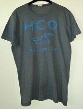 Graues Shirt Kurzarm mit blauer Label-Stickerei/Applikation von Hollister Gr. M