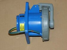 Hubbell HBL 330R6W pin & sleeve receptacle
