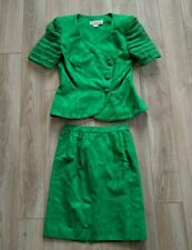 WARREN PETITES MATCHING GREEN JACKET AND SKIRT SUIT, SIZE 4, SUPERB CONDITION