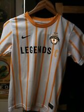 "Nike Youth ""Legends"" Jersey Size Large"