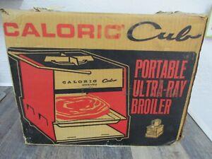 Vintage Caloric Cub Ultra-Ray Portable Propane Gas Camp Stove Broiler U-1
