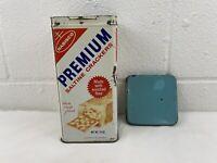Vintage Nabisco Premium Saltine Crackers Metal Tin 1969 14 oz Cracker Can