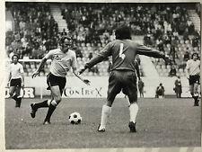photo press football  Spiegler  ( avec la balle )   198