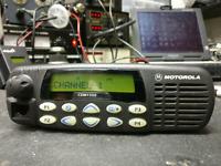 Motorola CDM1550 UHF 40 Watt 128 Channel 403-470 Mhz w/Microphone AAM25RKF9AA5AN