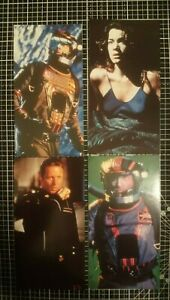BABYLON 5 THIRDSPACE COLLECTORS CARDS - SET OF 8 - FROM 1998 WARNER/TNT B5