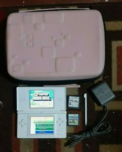 Nintendo DS Lite White Handheld System, Stylis, Charger, Case, 2 Mario Games