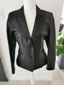 LADIES LEATHER JACKET SZ 12 BLACK FITTED BUTTON CLOSURE IN AS NEW CONDITION