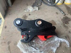 Cat 314 Hydraulic quick coupler