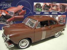 KAISER HENRY J. de l'année 1951 marron au 1/18 SUNSTAR 5101 voiture miniature