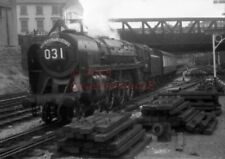 PHOTO  BR 70020 MERCURY ON THE UP RED DRAGON AT NEWPORT IN 1958
