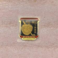 1988 Pee-Wee Hockey Tournament Quebec Canada Official Participant Pin Old