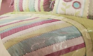 Wamsutta Expressions - Twin Size Quilt - Pastel Purple, Blue & Green 100% Cotton
