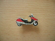 Pin Honda CN 250 / CN250 Helix rot red Roller Scooter Motorrad 0231 Motorbike