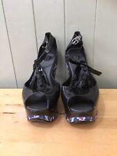 Melissa Peace Tassle Wedge Size 5 Black Printed