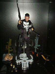The Punisher 1/6 Frank Castle Figure Custom, Stand & Accessories Plus Minigun