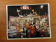 Vtg Glossy Press Photo Warner Bros Store Daffy Duck Bugs Bunny Selvester #4