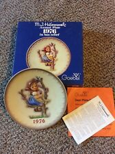 M J Hummel Annual Plate 1976 in bas relief Goebel with Original Box