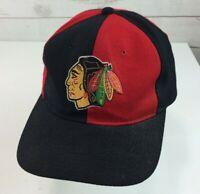 Vintage Starter Chicago Blackhawks NHL Snapback Hat Cap Black / Red
