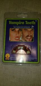 VAMPIRE TEETH MOVIE QUALITY CUSTOM FITTING LOT OF 4 PACKAGES COSTUME THEATER