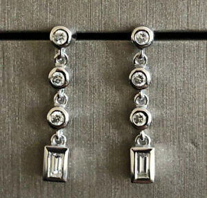 Goldsmiths 18ct White Gold Solitaire Diamond Drop Earrings 0.40ct Dangle Square
