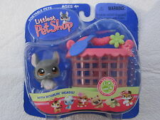 2006 Littlest Pet Shop  Portable Pet CHINCHILLA with Hutch. New In Box.
