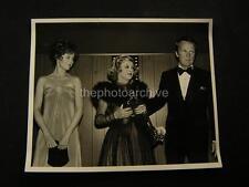 Candid Bette Davis Jane Fonda VINTAGE PHOTO 617B