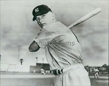 Rookie Mickey Mantle Yankees 1951 Bowman Pose High Quality 8x10 Archival Photo
