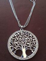 Collana lunga 5 fili  colore argento con ciondolo albero della vita offerta