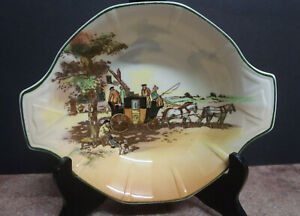 Royal Doulton Coaching Scenes D6393 Small Oval two-handled Dish