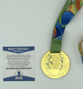 LILLY KING SIGNED GOLD MEDAL USA SWIMMING RIO 2016 OLYMPICS 2020 TOKYO BECKETT