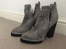 Jeffrey Campbell 'Whos Next' Monochrome Leather Boots (Size EU36, UK3) GENUINE