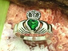 Claddagh 925 Sterling Silber Ring irischer Hochzeitsring mit grünem Zirkonia