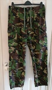 Genuine Men's Army cargo camo combat military mens trousers size 80/92/108, vgc