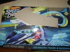2017 HOT WHEELS SPEED CHARGERS LED RACERS FIGURE-8 RACERAY