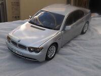 1:18 KYOSHO - BMW 745i Silber Dealermodell #80430027858 RARITÄT Neuwertig in OVP