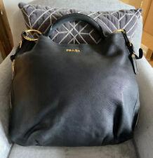 Hermoso Negro Grande Prada bolso de hombro con oro Hardwear